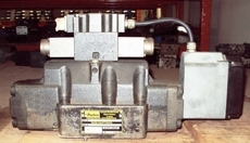 Válvula hidráulica (modelo: D91FHB32H2NB0030)