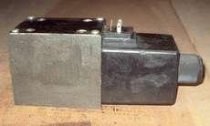 Válvula hidráulica (modelo: 3D0231103 050100B1G0Q327)