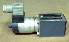 Válvula hidráulica (modelo: 0810020286)