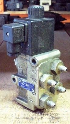 marca: LCOil Control Group modelo: 9165P10DI estado: usada