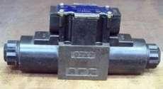 Válvula hidráulica (modelo: DSG013C4-D24-60)