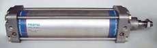 marca: FESTO modelo: DNG80250PPVA 80X250