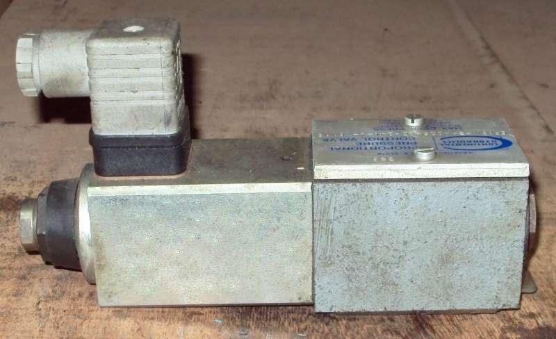 marca: Continental Hydraulics <br/>modelo: EP03M3A225 GD24LAY6115 proporcional <br/>estado: usada