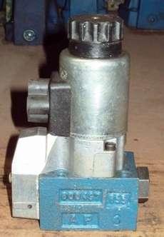 marca: REXROTH modelo: M3SEW6U32420M estado: usada