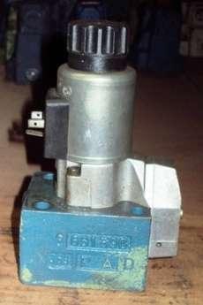marca: REXROTH modelo: M3SEW10U14630M estado: usada