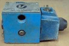 marca: Vickers modelo: DG4S4012A0B60 estado: usada