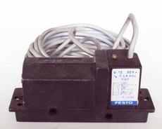Sensor (modelo: PNP)