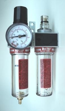marca: Bel Air modelo: FR1200 (filtro-regulador), LF1200(lubrificador) rosca: 1/4 manometro: 11BAR estado: novo, na caixa