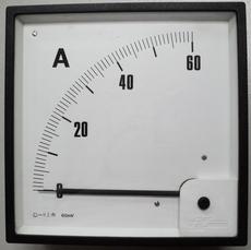 Amperímetro (escala: 60AMP)