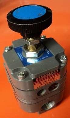 marca: Controlair Inc modelo: 100HR 2-120PSI estado: seminovo