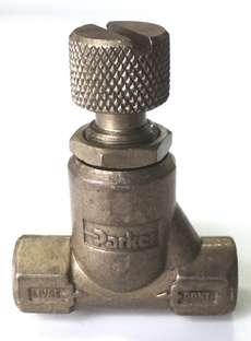 marca: Parker modelo: 1/8X1/8, em latão estado: usado