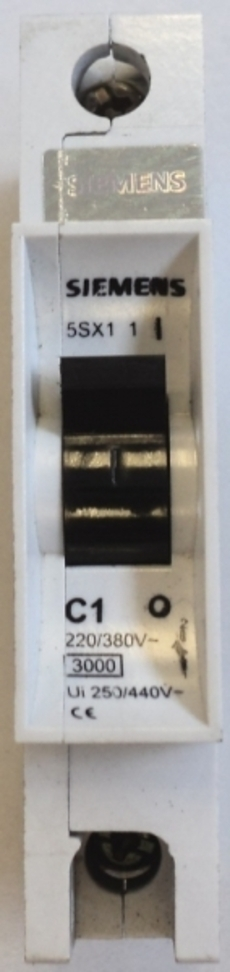 Disjuntor (modelo: 5SX1C1)