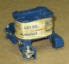 marca: Telemecanique modelo: LX1D2 Klimafest estado: usada