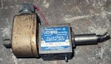 marca: Sperry Rand - Vickers FLUI-TROL (mini válvula) modelo: DG4M43210 estado: usada