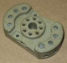 Base para rele (modelo: NK1 8pinos)