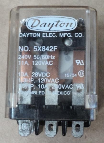 marca: Dayton <br/>modelo: 5X842F 240V 50/60HZ <br/>estado: usado, bom estado