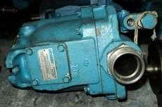 marca: Vickers modelo: PVQ40AR01AA10H estado: usada