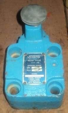 marca: VICKERS modelo: CG06F40 estado: usada