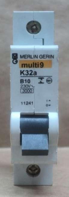 Disjuntor (modelo: multi9K32a)