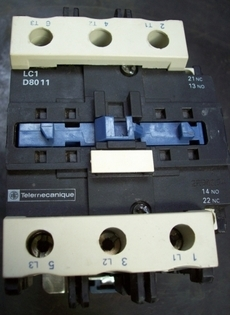 Contator (modelo: LC1D8011)