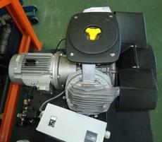 Compressor (modelo: LE/LT 1503)