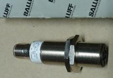 Sensor (modelo: B0S18M-P0-1RD-E5-C-S-4)