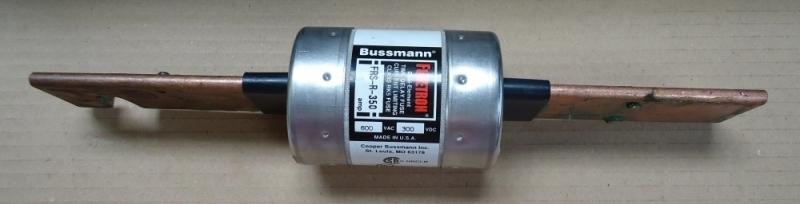 marca: Buss - Cooper Bussmann <br/>modelo: Fusetron FRSR350 <br/>estado: novo