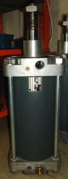 marca: Bosch modelo: 0822207207 160X200 estado: seminovo