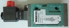 Válvula pneumática (modelo: L78EM45GGS00040)