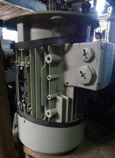 marca: Siemens modelo: UD120214171630011 1,75KW/2,3HP/2,3CV 380/660V 1720RPM estado: seminovo