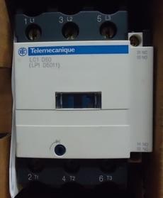 marca: Telemecanique modelo: LC1D50 LP1D5011 estado: novo, na caixa
