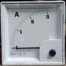 Amperímetro (escala: 15AMP)
