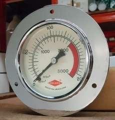 Manometro (escala: 3000lbf/pol2 200kgf/cm2)