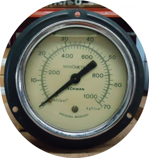 marca: Teckman <br/>escala: 1000lbf/pol2 70kgf/cm2 <br/>estado: usado, bom estado