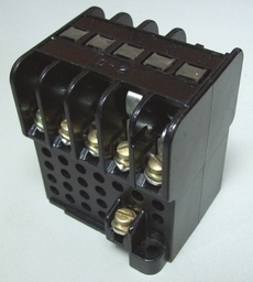 Contator (modelo: 3TA21)