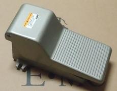 marca: EMC modelo: F52208 estado: novo