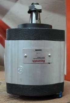 marca: REXROTH modelo: AZPF11011 estado: seminova