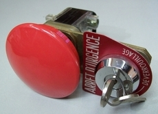 marca: Telemecanique modelo: com chave, 8 contatos estado: seminovo