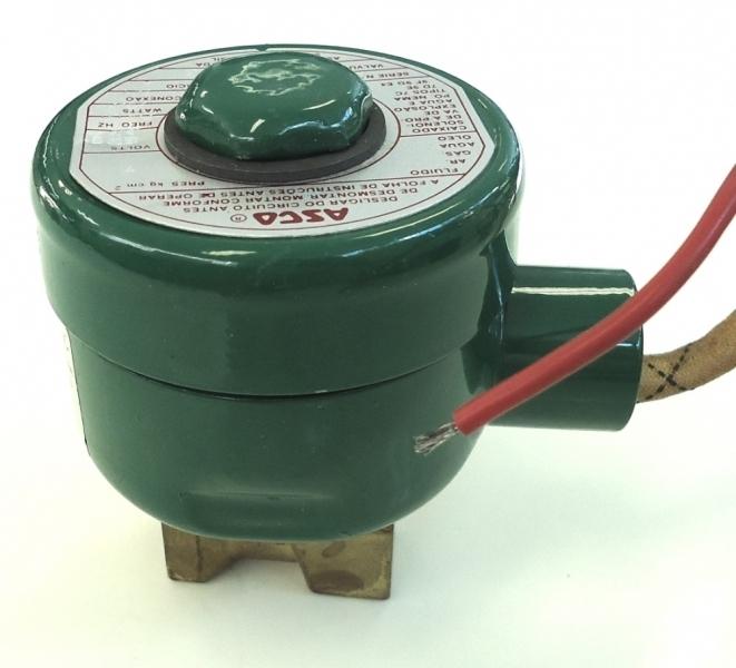 marca: Asco <br/>modelo: 8262A203 2vias rosca1/4 <br/>ar, gás, água, óleo <br/>estado: nova