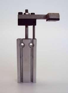 Cilindro pneumático (modelo: CDUK10T-E5547-15)