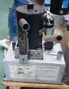 Mini unidade hidráulica semi automática