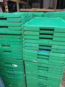 Caixas plásticas desmontáveis